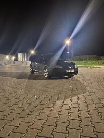 Volkswagen Golf V 1.9tdi