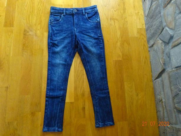 NOWE BEZ METKI ! Spodnie Jeansowe Firmy Pepe Jeans Rozmiar 128