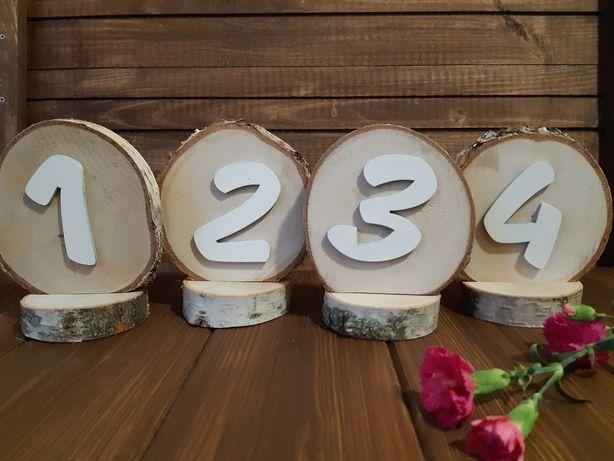Numery stołów drewniane