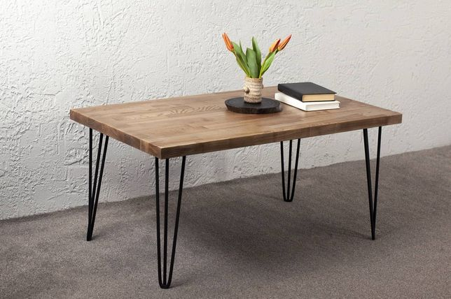Стол. Журнальний столик.