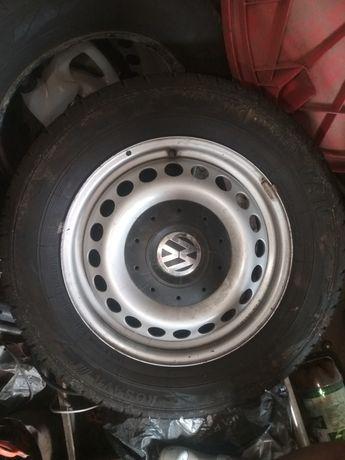 Диски с  резиной на VW T5, T6 215/65 R16C