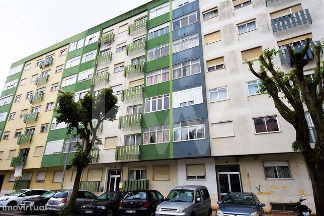 Atelier Para Venda No Casal De São Brás   60M2  Atualmente Como Habita