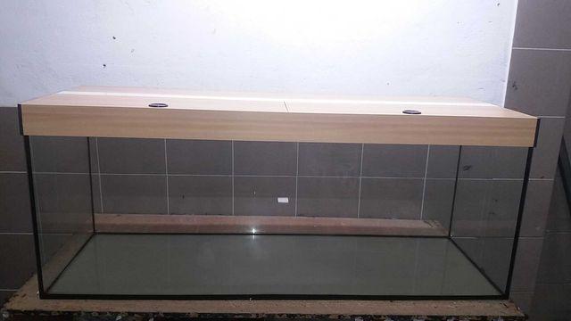 Akwarium proste z pokrywą aluminiową led 150x50x60 450 litrów