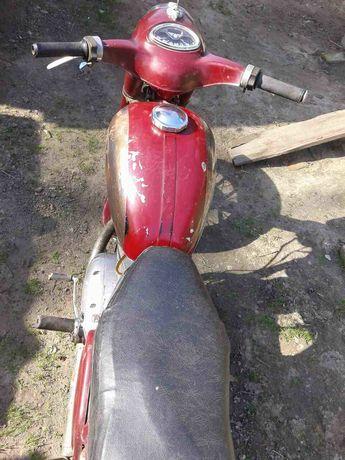 Продам мотоцикл чз 175