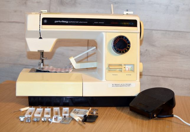 Швейна машинка Privileg Superstar Electronic