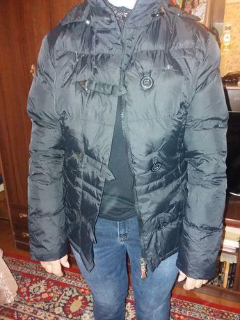 Продам курточку осеннюю