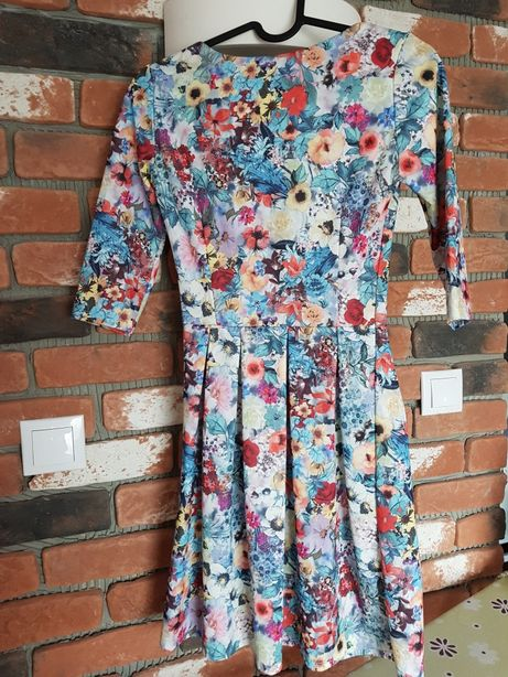 Sukienka rozmiar 34