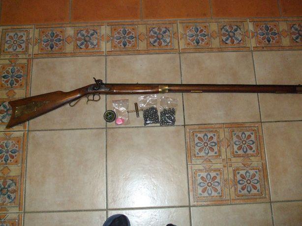 Karabin czarnoprochowy kaliber 45