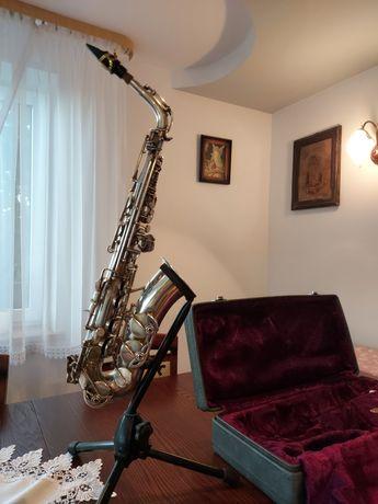 Saksofon altowy Amati, Zamiana