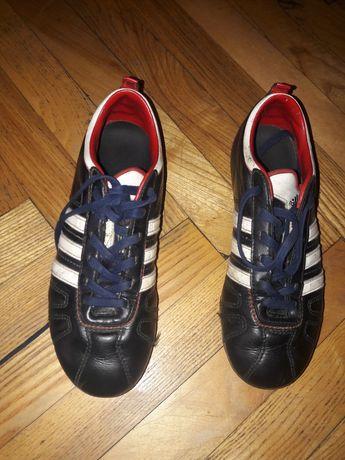 Бутсы Adidas.