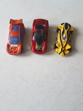 samochody Hot Wheel zestaw 3szt.