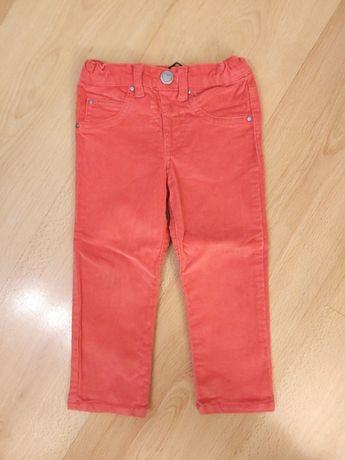 Sztruksowe spodnie marki Tchibo rozmiar 86/92