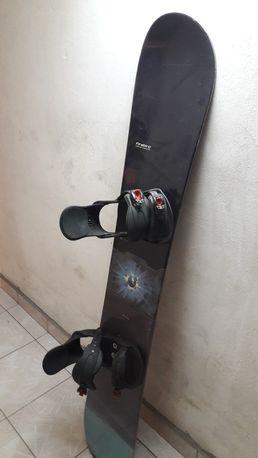 Sprzedam deskę Snowboardową + buty
