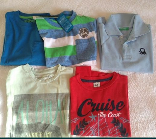 Lote de menino, 3/4 anos, 4 t shirt e 1 polo, portes incluídos