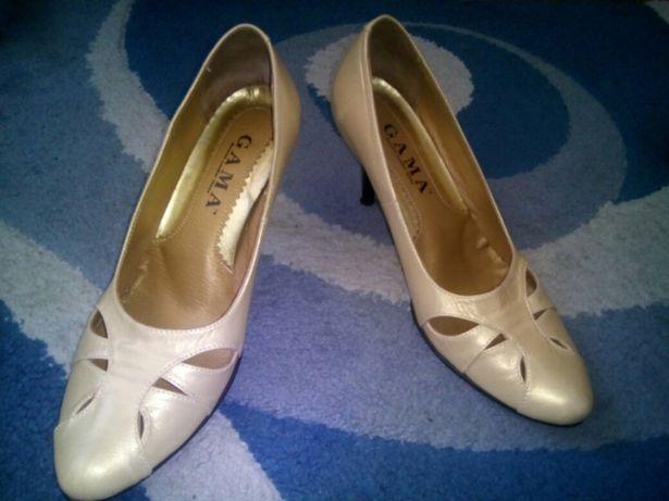 Туфлі перламутові