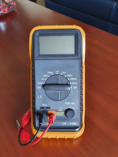 Capacimetro Digital UniVolt DT-1500