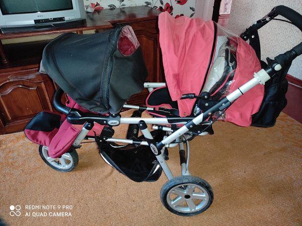 Прогулочная коляска для двойни или погодок