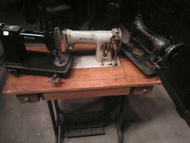 3 Máquinas de costura antigas 2 SINGER e 1 OLIVA