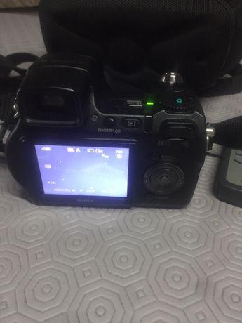 Máquina fotográfica Sony DSC-H7