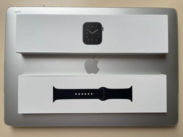 СУПЕРЦЕНА! Apple Watch SE 40mm Space Gray GPS MYDP2LL/A