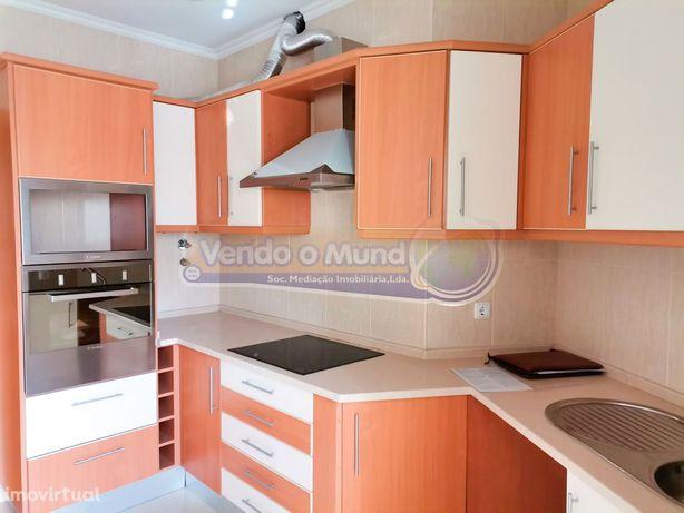 Apartamento T2 em Vila Franca de Xira (VFX056)