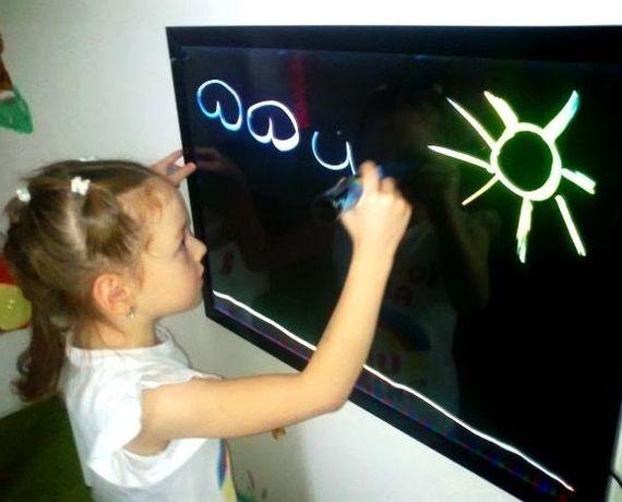 Светящаяся доска для рисования,флуоресцентная -для детского творчества