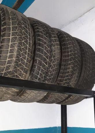 Продам шины Bridgestone Blizak 225\65 R17 б.у