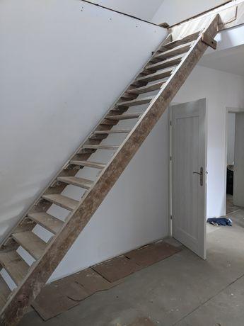 Schody drewniane drabina budowa tymczasowe