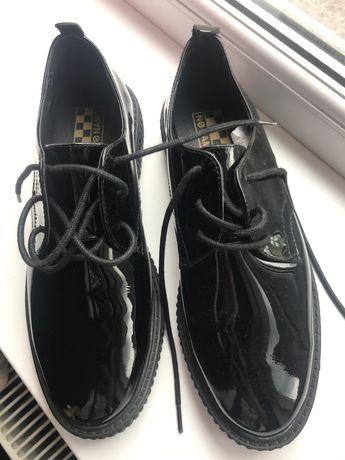 Туфлі, оксфорди
