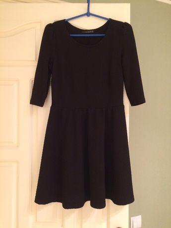Продам маленькое чёрное платье.