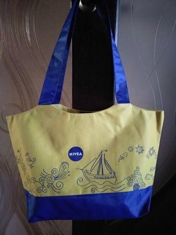 Лёгкая пляжная сумка