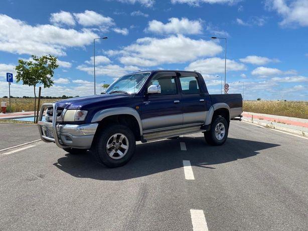 Toyota Hilux D-4D 4x4