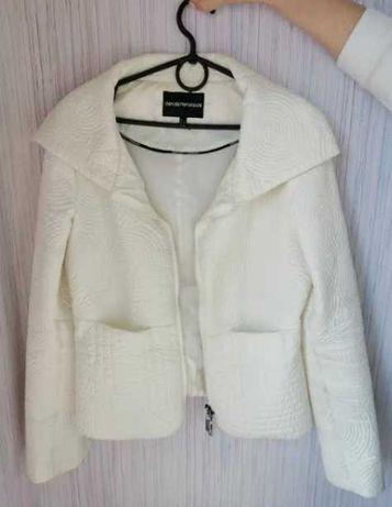 курточка Armani куртка
