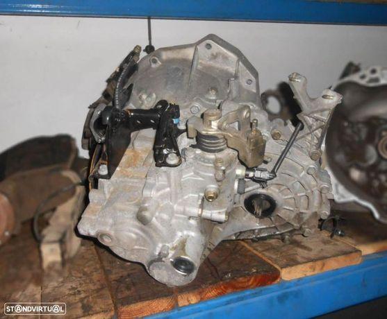 Caixa de 6 velocidades para Nissan Primera p12 2.2 di ND6R820030