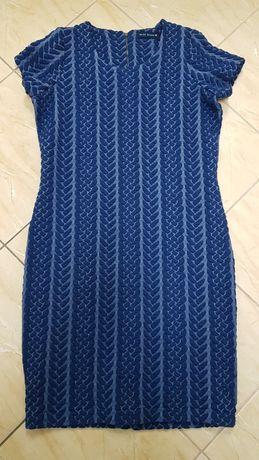 Sukienka gofrowana z podszewką L grubsza