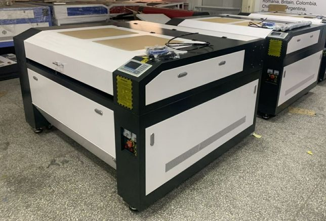 Máquina a laser de co2 1300 x 1000 mm 130w