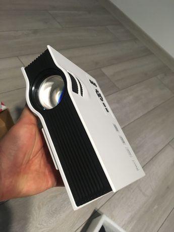 Domowy Projektor Rzutnik