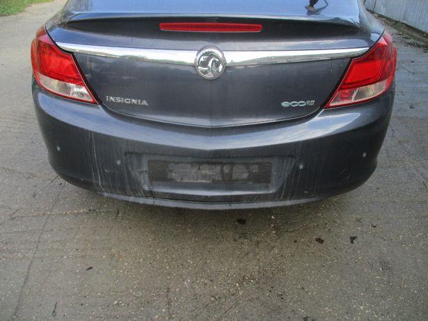 Opel Insignia zderzak tył tylny z168 na czujniki parkowania pdc