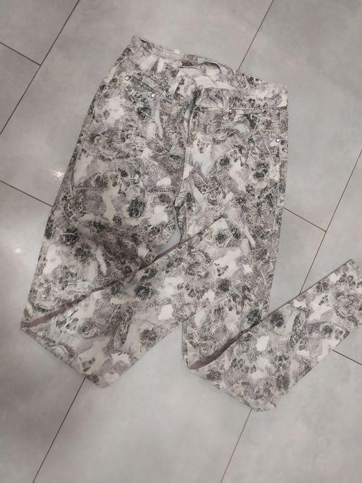 Spodnie rurki jeansy wzorzyste wężowe S 36 Starachowice - image 1