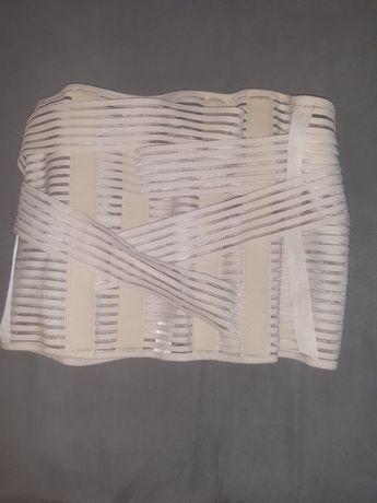 Orteza Qmed (sznurówka) lędzwiowo-krzyżowy sztywny wysoki ze stalkami
