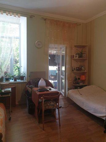 Комната с удобствами в 3х комн. квартире на Среднефонтанской