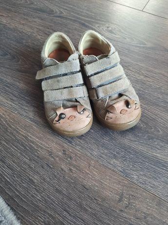 Buty półbuty Mrugala