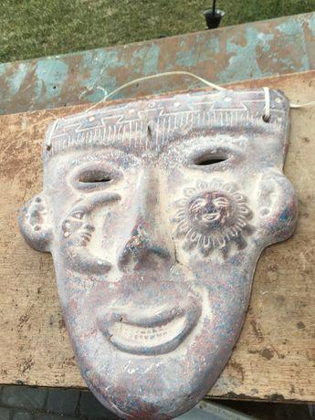 Maska na sciane do powieszenia kamienna