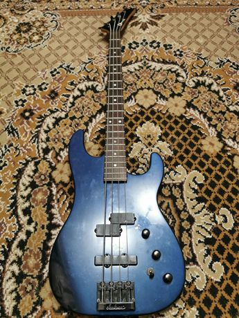 Charvel 3B 80's Blue металлик