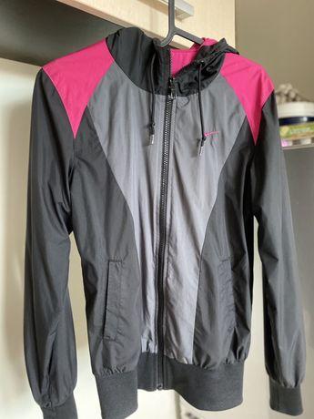 sportowa kurtka Nike