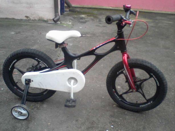 Лёгкий велосипед 16 дюймов на магниевой раме для мальчика 4-7 лет.
