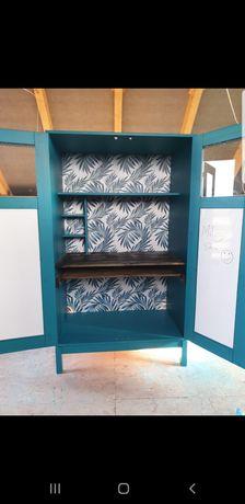 Biurko  drewniane w szafie regał zamykany  Ikea