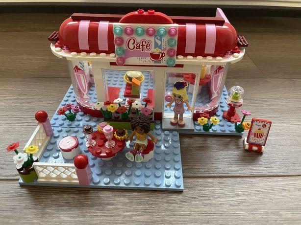 Продам Lego Friends кофейня в парке оригинал