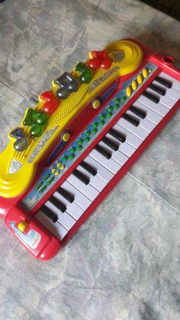Детская игрушка-пианино-муз.центр.