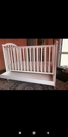 Кроватка детская,манеж.